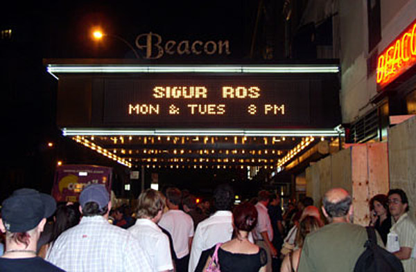 sigur ros beacon theater nyc pics. Black Bedroom Furniture Sets. Home Design Ideas