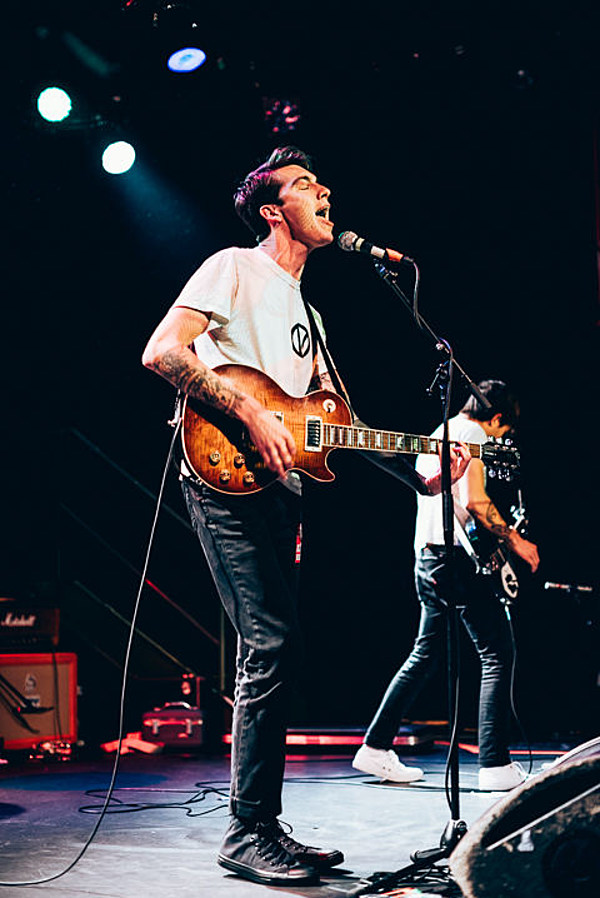Joyce Manor and The Weaks packed MHOW (pics & setlist)
