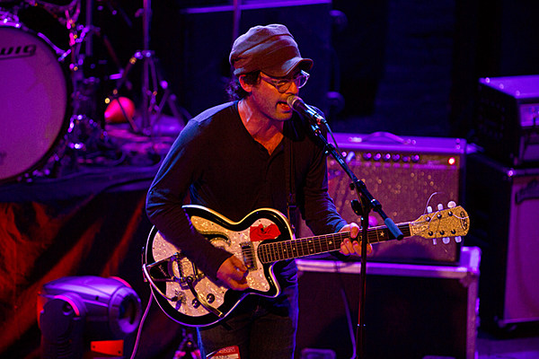 Clap Your Hands Say Yeah Playing Brooklyn On New Year S Eve After Living Room Tour Dates