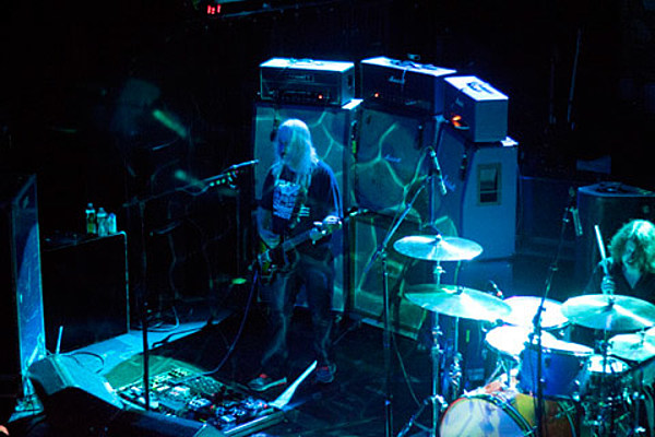 Dinosaur Jr. opening for MGMT at Barclays Center (dates)