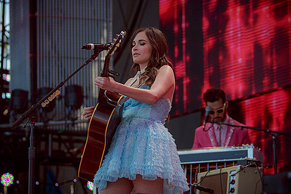 Kacey Musgraves on tour, coming to The Apollo soon (dates)