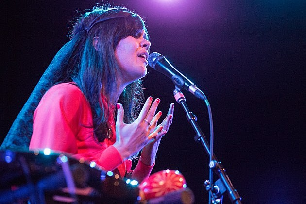 bat-for-lashes-mhow