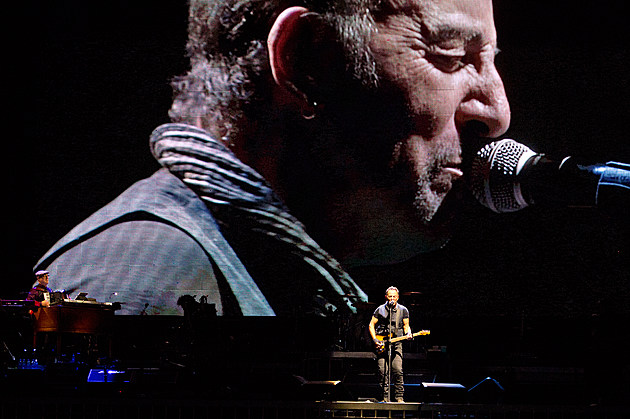 Bruce Springsteen at Met-Life Stadium