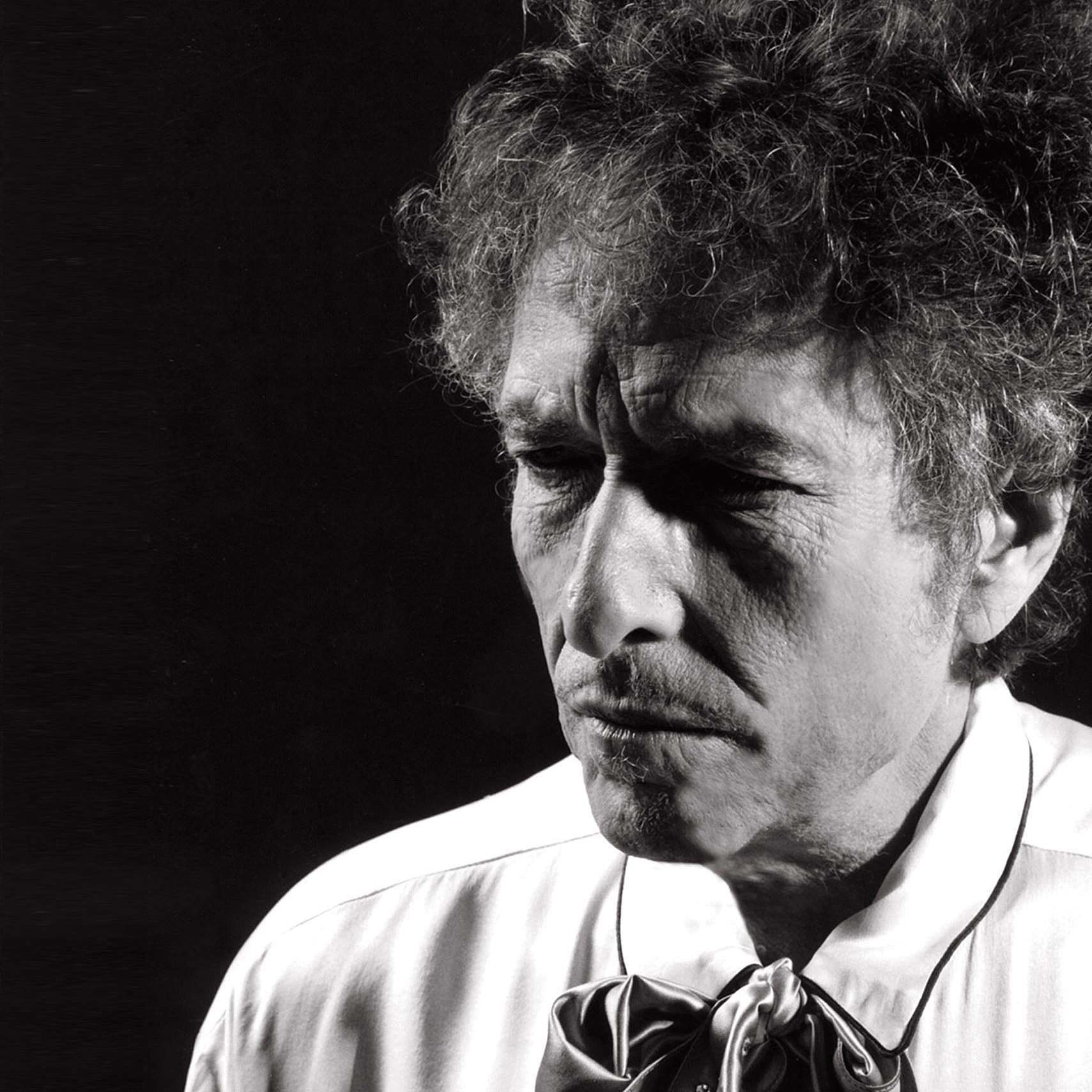 Bob Dylan plans first triple album