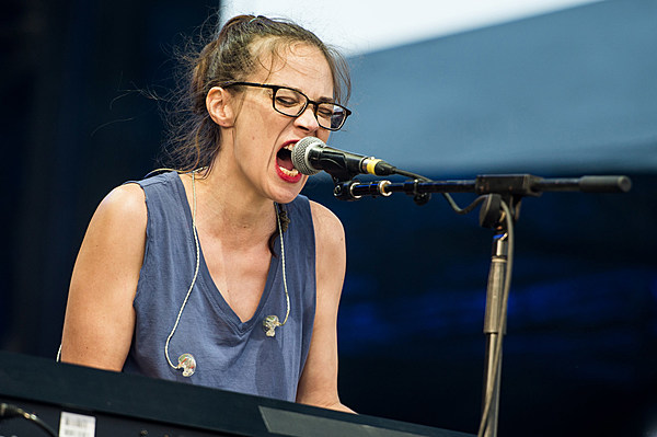 Fiona Apple Added To Trans Pecos Fest Watch The Trailer