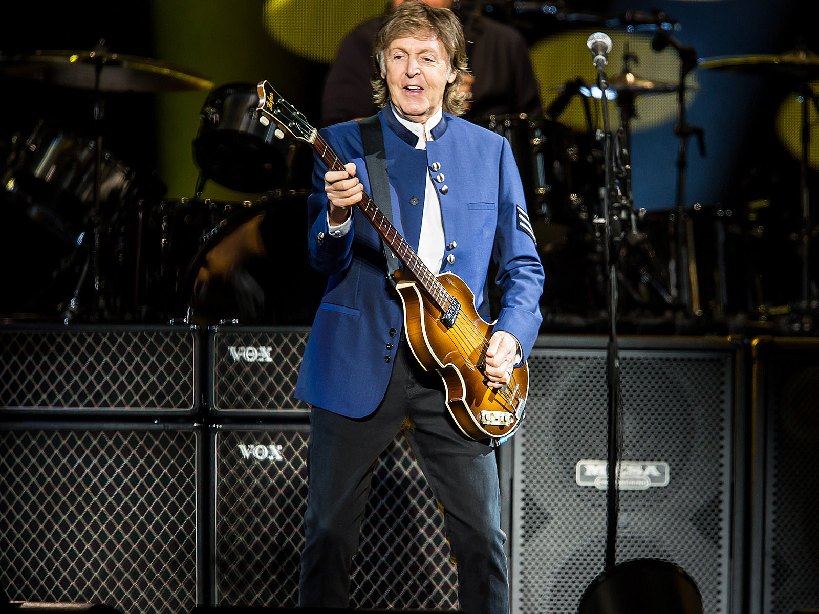 Paul McCartney Sang Happy Birthday To Jimmy Fallon At Barclays Pics Video