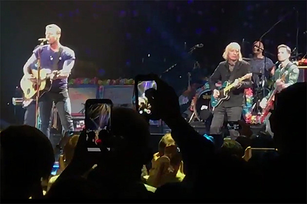 Coldplay and Peter Buck cover Tom Petty