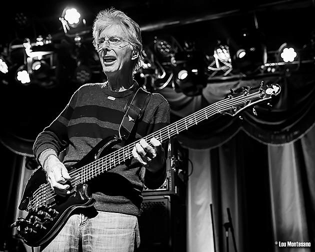 phil lesh doing halloween run at the cap bob weir giving guitar lessons over skype