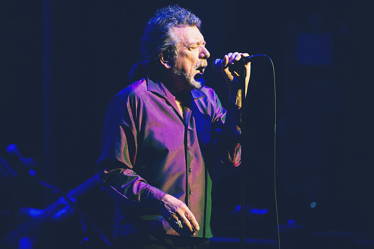 Robert Plant mixed Zeppelin faves & new songs at Beacon Theatre