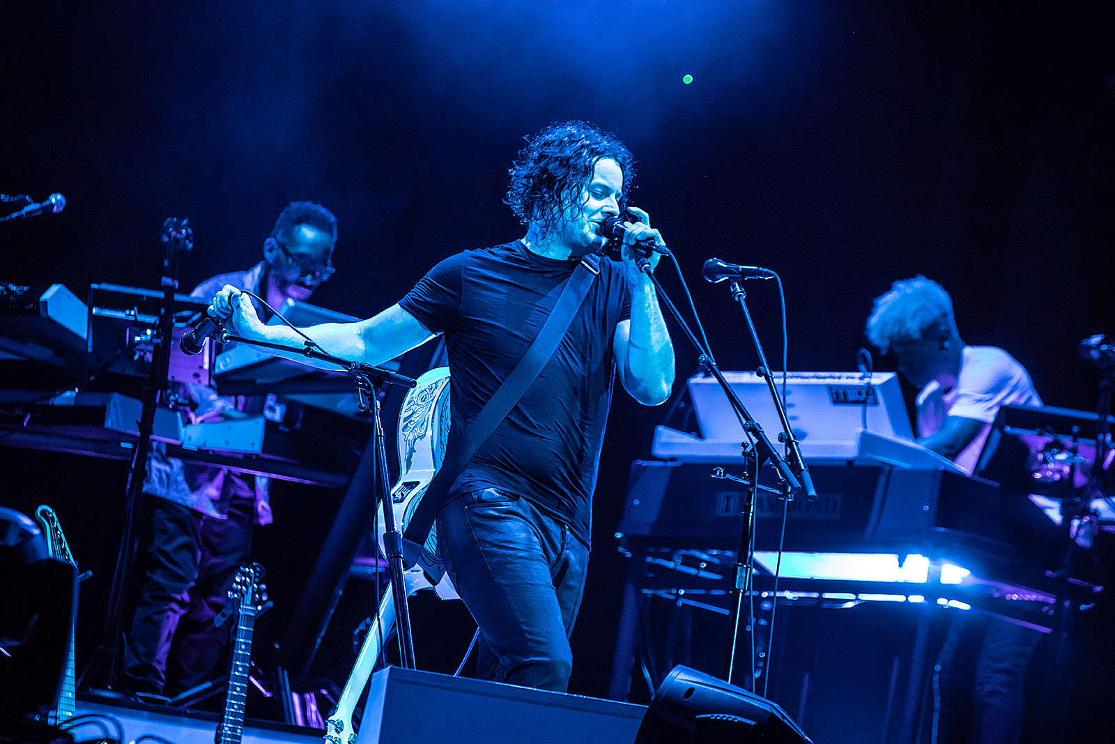 Jack White expands tourannounces Brooklyn Chicago fall and MVpSUz