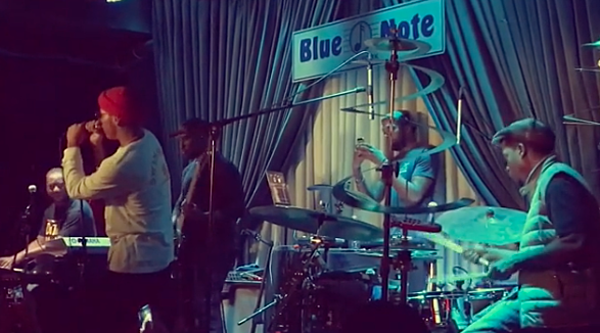 Robert Glasper joined by Anderson Paak Lupe Fiasco at Blue Note residency (watch)