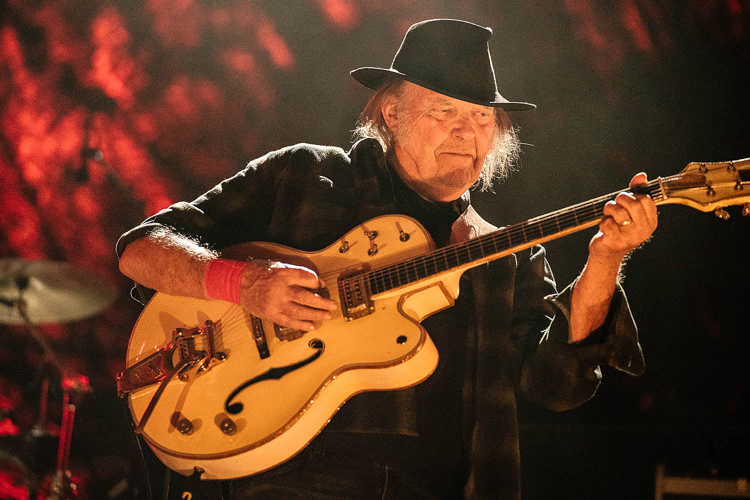 Neil Young Gets Unplugged, Continues Playing at BottleRock Festival