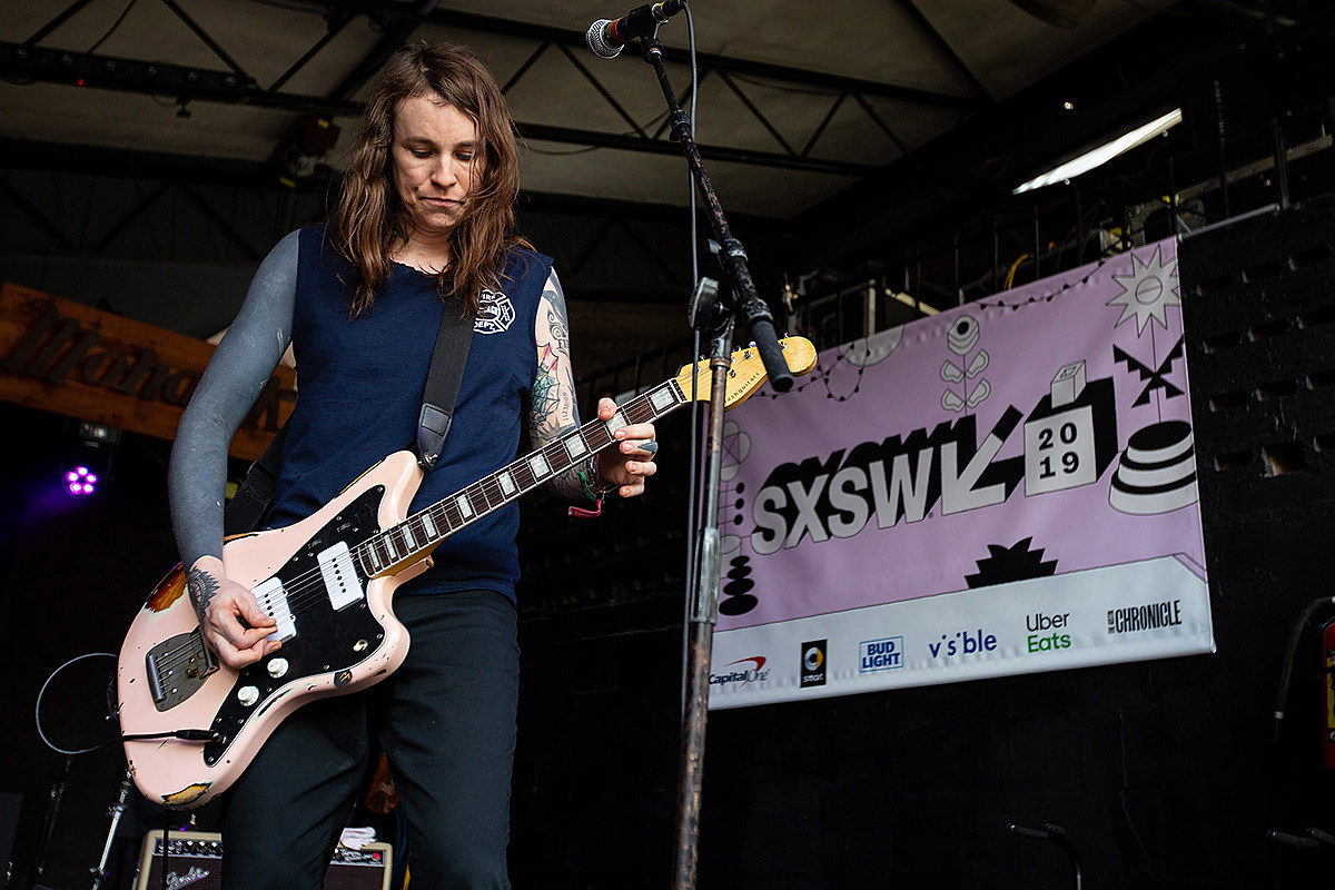 Laura Jane Grace shares top 10 albums of 2019; Against Me! add Austin show