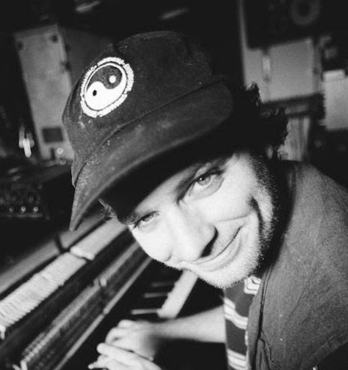 """Mac DeMarco announces new LP 'Here Comes the Cowboy,' shares """"Nobody"""""""
