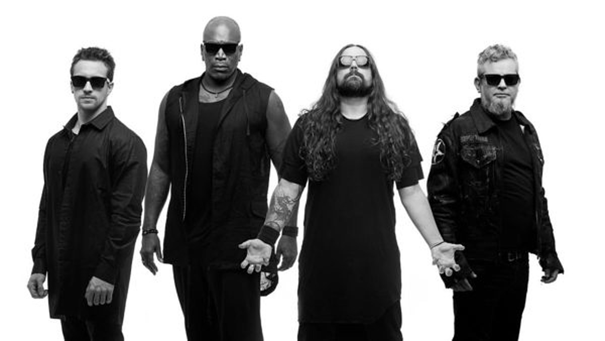 """Sepultura banned from playing Lebanon for """"insulting Christianity"""" """"devil worship"""""""