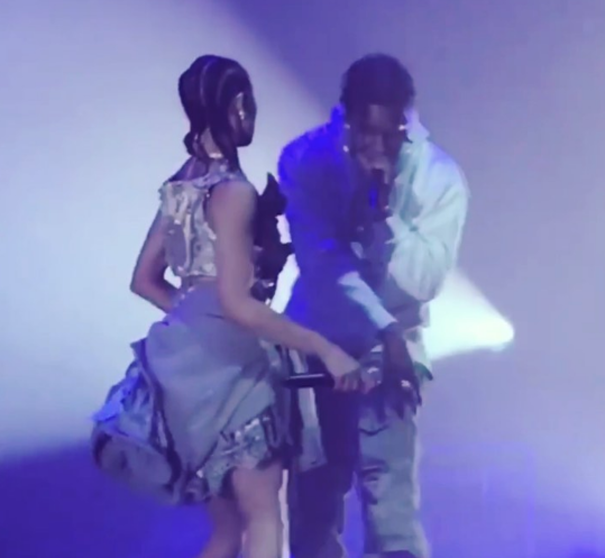 FKA twigs played Park Avenue Armory, brought out A$AP Rocky (videos)