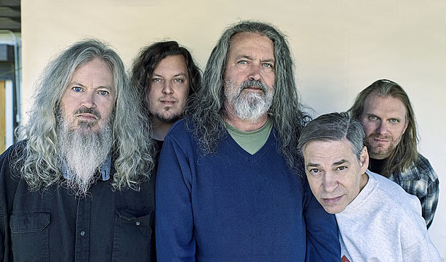 an interview w/ Meat Puppets on original lineup reunion, new