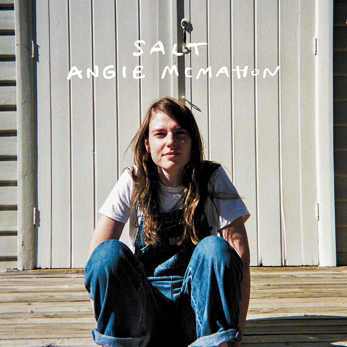 """Angie McMahon announces debut album, touring (stream """"And I Am A Woman"""")"""