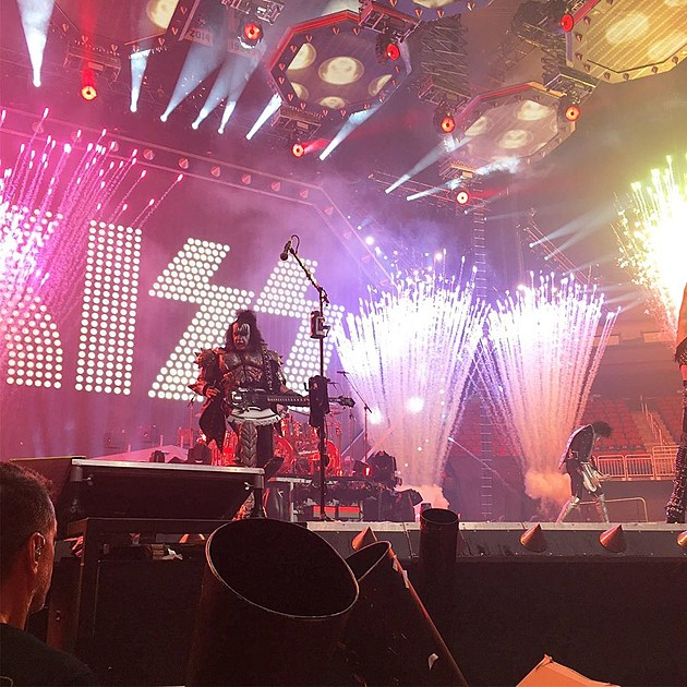 KISS brought hits, pyro, and more to NJ on their farewell