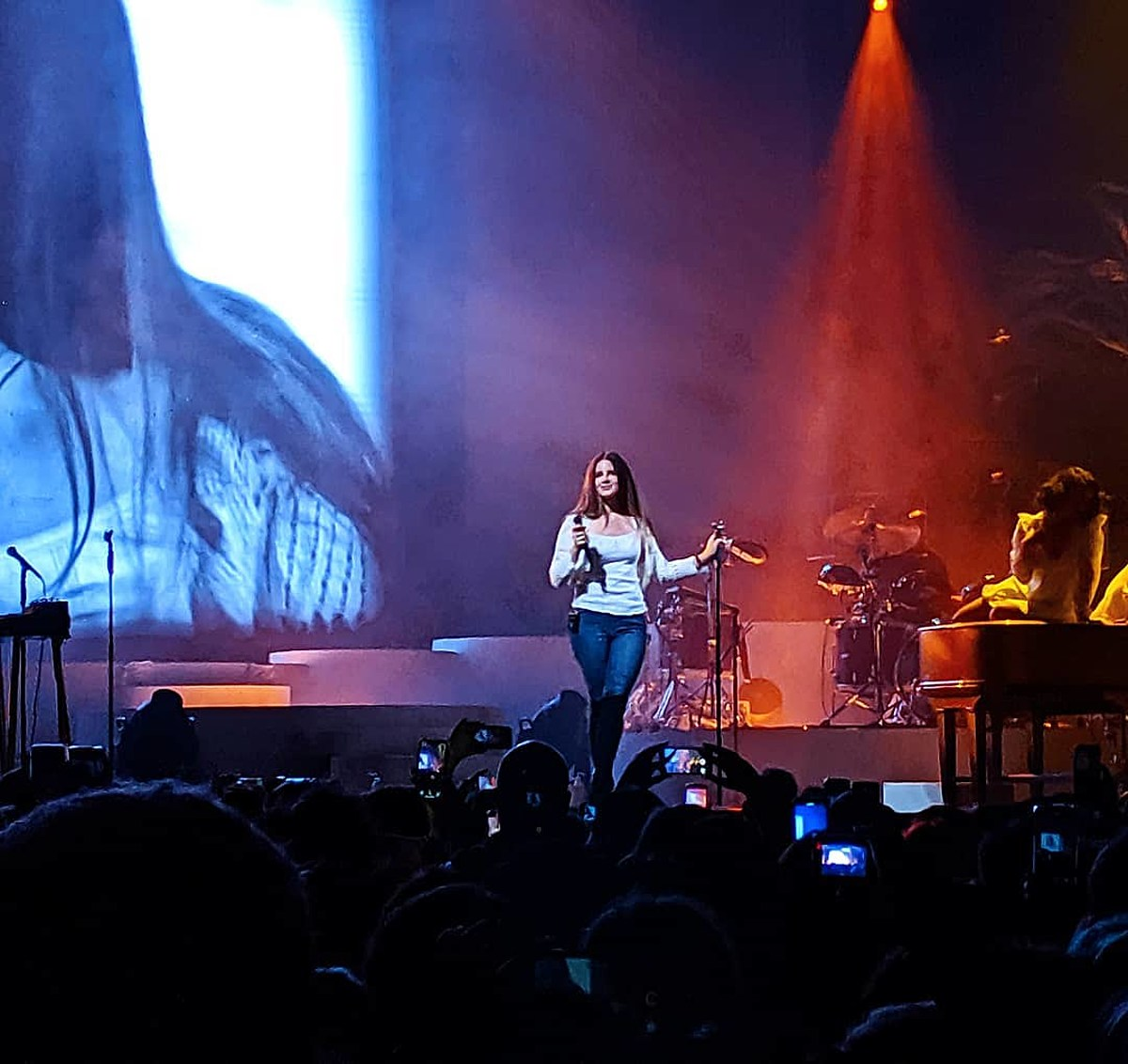Lana Del Rey covered Joni Mitchell, planning covers LP, discussed Ann Powers