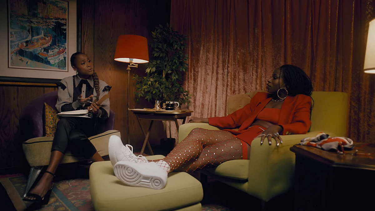 """Issa Rae partners w/ Atlantic Records for Raedio imprint; first release is TeaMarrr's """"Kinda Love"""" (watch the video)"""