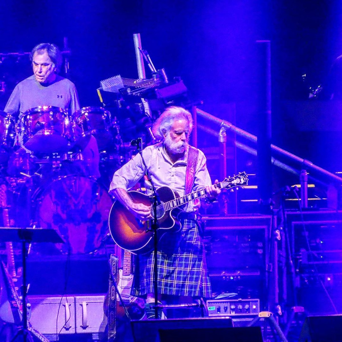 Dead Company paid tribute to Robert Hunter on Halloween at MSG (videos, setlist)