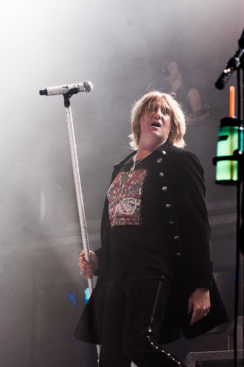 Def Leppard @ Cedar Park Center - 9/4/2012