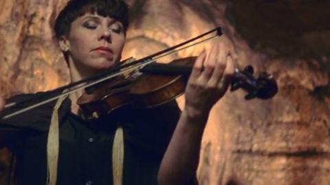 sarah-neufeld-cave