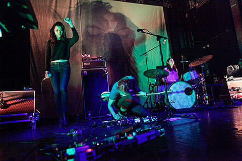 Warpaint and Cate Le Bon