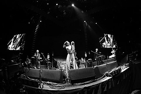 Bats for Lashes - Barclays Center, Brooklyn - photos by P Squared Photography - September 6th, 2013
