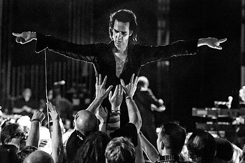 nick cave and the bad seeds  Nick Cave & the Bad Seeds played Philadelphia with Kurt Vile and ...