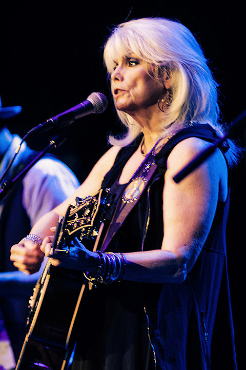 Emmylou Harris Amp Rodney Crowell Played Beacon Theatre With