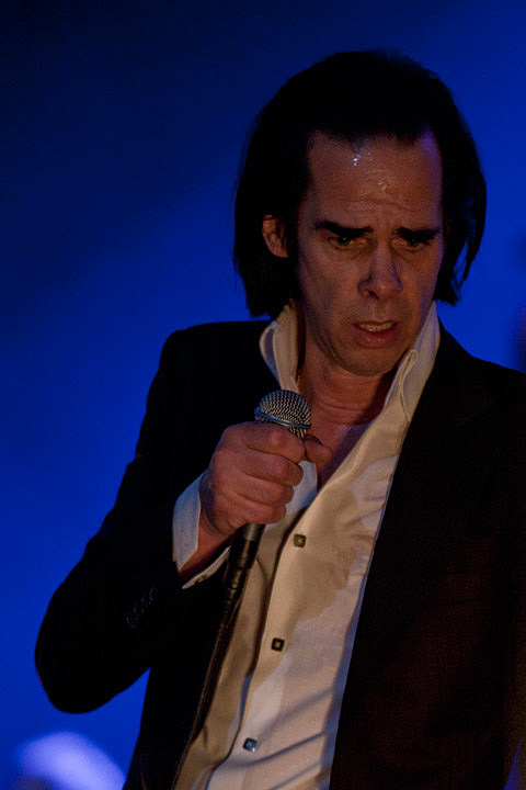 Nick Cave And Sharon Van Etten Came To Chicago Theatre