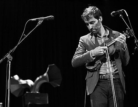 Andrew Bird & Dosh @ Tarrytown Music Hall (pics & setlist)
