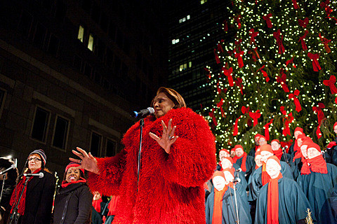 Darlene Love Christmas.No Christmas At The Seaport This Year But Darlene Love