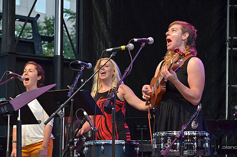 ECSTATIC SUMMER with Roomful of Teeth, Merrill Garbus of tUnE-yArDs, William Britelle, and The Yehudim