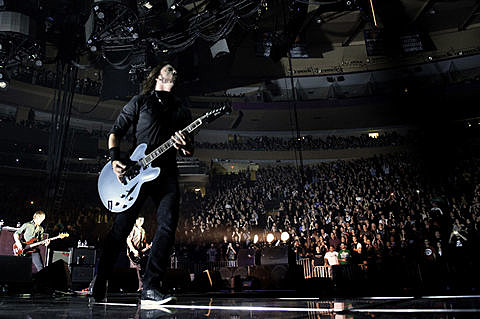 Foo fighters social distortion joy formidable and bob - Foo fighters madison square garden ...