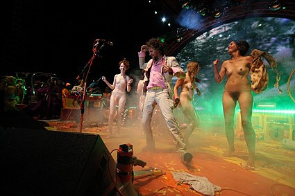 stage on broadway Nude girls