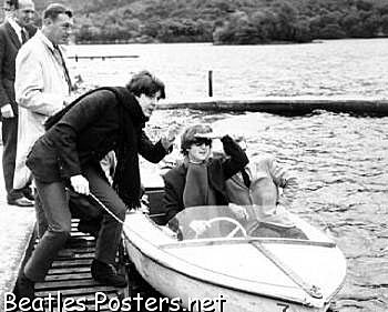 Paul McCartney on a Motherfuckin boat