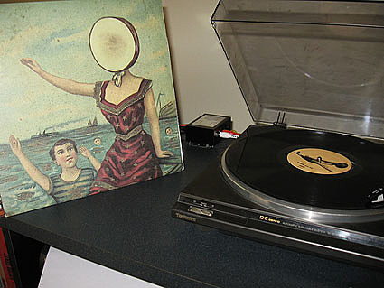 neutral milk hotel in the aeroplane over the sea - All Informations ...