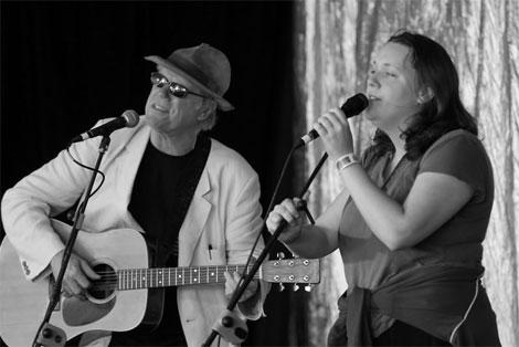 Loudon Wainwright and Lucy Wainwright Roche