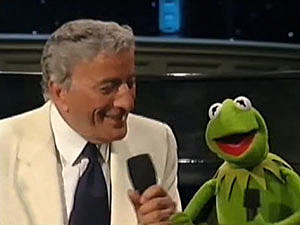 Tony Bennett and Kermit the Frog