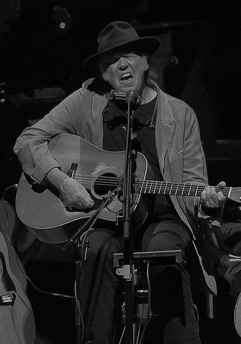 neil-young-chicago-theatre-013